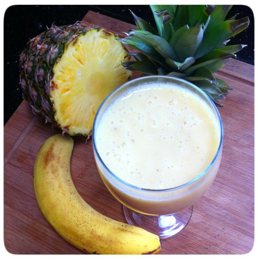 Banana and Pineapple Smoothie