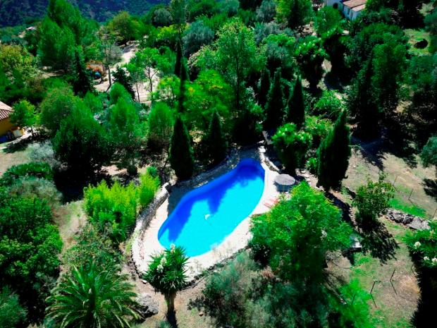 nature and hiking yoga retreat in spain andalusia