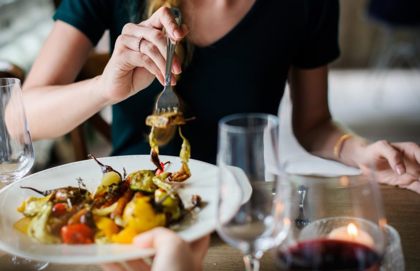 tips for healthy dining out